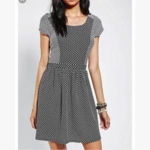 Urban Outfitters Polka Dot Fit Flare Keyhole S